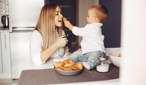 Um bebé pode comer bolachas maria?