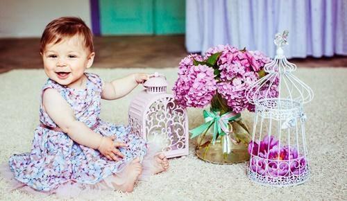 Quando é que um bebé responde e atende pelo seu nome?