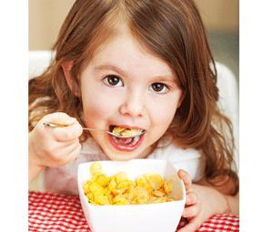 Saiba quando é que deve introduzir a alimentação complementar na dieta do seu filho!