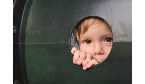 Como detectar se um bebé ou uma criança foi vítima de abuso sexual