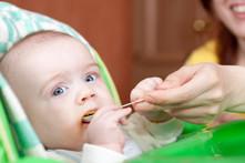 10 alimentos sólidos para começar a alimentar o teu bebé