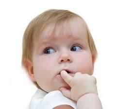 Pode uma mulher grávida pintar as unhas ou se pôr unhas acrílicas?