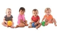 Exercícios de estimulação para bebés de 10 meses