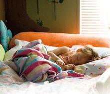 Alguns truques para passar o meu filho do berço para a cama