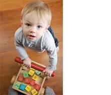 A construção de um brinquedo: cor, tamanho, material, idade da criança ...