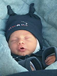 Aumenta o número de recém-nascidos com deformações no crânio por dormirem de barriga para cima