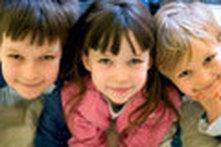 Vencer a timidez: ajude o seu filho a fazer amigos!